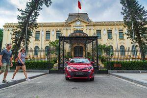 Bạn chọn Toyota Vios hay Honda City làm chiếc xe đầu tiên?