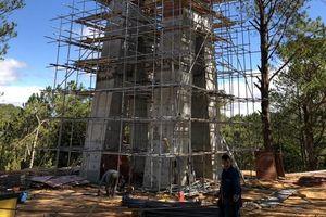 Đình chỉ xây cầu kính trái phép tại thung lũng Tình yêu