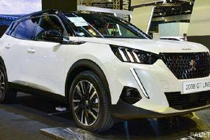 Peugeot 2008 khoảng 2 tỷ đồng tại Singapore, 'đấu' Honda HR-V