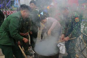 Tổ chức nhiều hoạt động vui Tết, đón Xuân cho quân và dân biên giới tỉnh Hà Giang