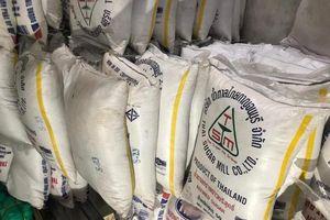 TPHCM bắt hơn 10 tấn đường lậu chuẩn bị tung ra thị trường