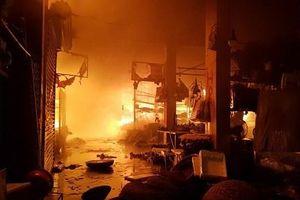 Thái Bình: Cháy chợ Đề Thám trong đêm thiêu trụi hàng chục kiot