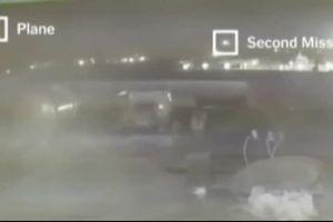 Cận cảnh máy bay Ukraine liên tiếp trúng 2 tên lửa của Iran