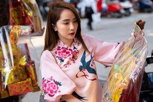 Theo chân Quỳnh Nga đi chợ sắm lễ cúng ông Công ông Táo