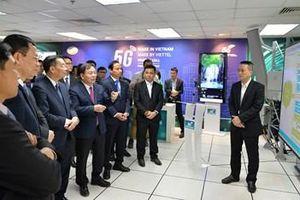 Viettel thực hiện cuộc gọi 5G đầu tiên trên thiết bị do Viettel tự nghiên cứu, sản xuất