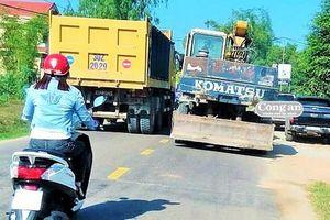 Người dân nơm nớp lo tai nạn giao thông khi đi trên QL19B