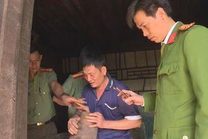 Khởi tố người đàn ông chuyên tháo gỡ bom mìn để bán thuốc nổ