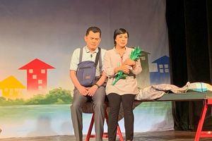 Sân khấu kịch Sài Gòn: Tranh thủ mùa kịch Tết