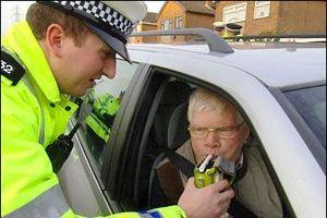 Phòng chống vi phạm nồng độ cồn khi lái xe-Bài 2: Phạt nặng để góp phần thay đổi ý thức