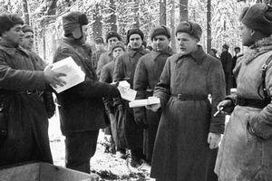 Quân dân Liên Xô đón Năm Mới như thế nào trong Thế chiến 2?