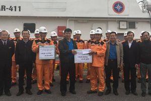 Công đoàn GTVT Việt Nam trao quà cho CNVCLĐ ngành GTVT tại Hải Phòng