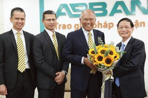 Quyền lực đại gia Vũ Văn Tiền tại ABBank như thế nào?