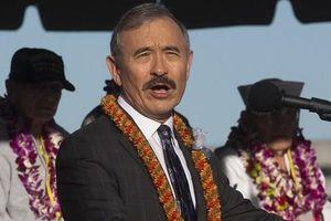 Đại sứ Mỹ tại Hàn Quốc bị phản ứng vì để ria kiểu... Nhật