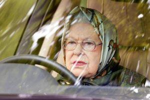 Lý do Nữ hoàng Anh không thắt dây an toàn khi lái xe