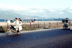 Chùm ảnh: Vẻ đẹp bình dị của thành phố biển Nha Trang thập niên 60