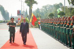 Thủ tướng thăm, làm việc tại Trường Sĩ quan Lục quân 2