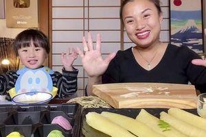 Ăn Tết Việt kiểu Nhật, Quỳnh Trần JP tiết lộ cách nấu bữa cơm mang vị 'Tết nhà' độc đáo