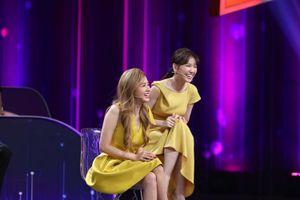 'Thánh thả thính' Midu gài hàng mỹ nam Hàn Quốc tỏ tình với mình