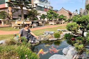 Người đàn ông Hà Nội chơi ngông, bán 3 căn nhà mua cây cảnh