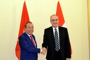 Đề nghị Thụy Sĩ tiếp tục hỗ trợ Việt Nam trong ổn định kinh tế vĩ mô