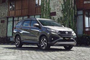 Cận cảnh Toyota Rush TRD Sportivo giá hơn 400 triệu, 'đe nẹt' Mitsubishi Xpander