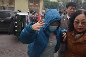 Bị tuyên phạt 2 năm tù, bà Nguyễn Bích Quy làm đơn kháng cáo đề nghị làm rõ trách nhiệm của trường Gateway trong vụ cháu bé lớp 1 tử vong