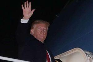 Bất chấp thời điểm luận tội 'nóng bỏng', Tổng thống Trump rời Mỹ chứng tỏ loạt chiến thắng?