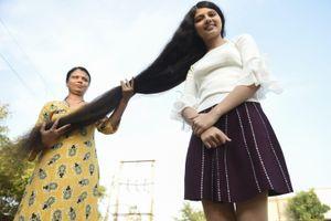 Thiếu nữ Ấn Độ giữ kỷ lục tóc dài nhất thế giới