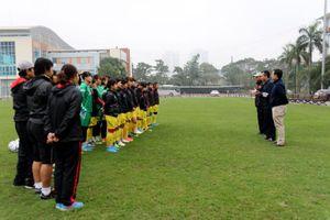 Lãnh đạo VFF chúc tết đội tuyển bóng đá nữ Việt Nam
