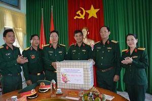 Đoàn công tác Tổng cục chính trị thăm, chúc Tết tại Quảng Ngãi
