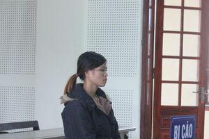 Đường sa ngã của 'mẹ mìn' 22 tuổi bán bạn thân sang Trung Quốc