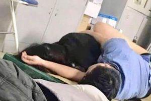 Nghệ An: Tạm đình chỉ bác sỹ 'ôm nữ sinh viên ngủ trong ca trực'