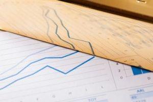 Vàng lên giá dịp cận Tết, lãi suất qua đêm bật tăng từ đáy