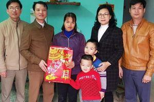 Sở NN& PTNT Tuyên Quang thăm, tặng quà dịp Tết Nguyên đán Canh Tý 2020