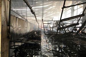 Công ty gỗ ở Bình Dương bị cháy trong ngày làm việc cuối năm