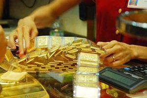 Giá vàng giảm, mặc dù IMF hạ dự báo tăng trưởng kinh tế toàn cầu