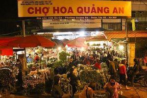 Hà Nội: Đêm không ngủ tại chợ hoa lớn Quảng An ngày cận Tết