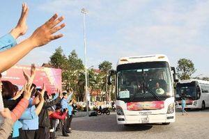'Chuyến xe Công đoàn' đưa 2500 người lao động về quê đón Tết