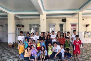 Xuân tình nguyện, xuân sẻ chia yêu thương của Đoàn trường Trần Văn Quan