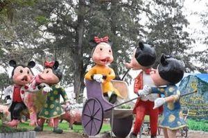 Độc đáo gia đình chuột 'khổng lồ' du Xuân, đón Tết tại Hải Phòng