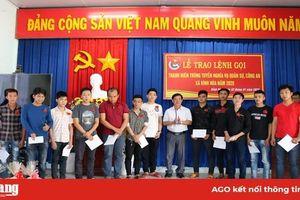 Châu Thành trao lệnh gọi nhập ngũ cho 120 thanh niên