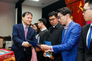 Bộ Công Thương trao quyết định bổ nhiệm 89 tân công chức