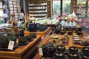 Làng gốm Bát Tràng: Điểm du lịch hấp dẫn dịp Tết của Thủ đô