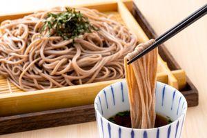 Tục lệ ăn mì trước giao thừa ở Nhật Bản