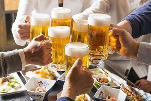 Rượu bia quá đà vào ngày Tết và những hệ lụy