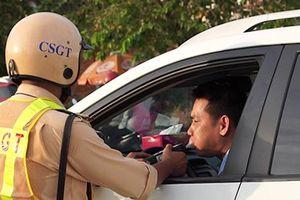 CSGT duy trì xử lý vi phạm nồng độ cồn trong dịp Tết
