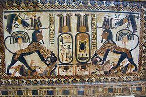 Cổ vật vô giá trong lăng mộ Pharaoh huyền thoại