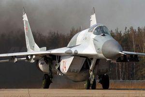 Tiêm kích MiG-29SMT thị uy sức mạnh trong cuộc thử nghiệm với S-350E