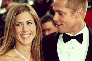 Jennifer Aniston hạnh phúc khi làm bạn trở lại với Brad Pitt