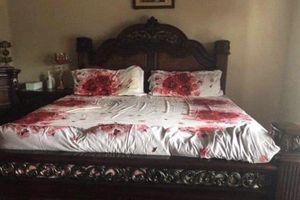 Mua drap trải giường hoa hồng lãng mạn, chàng trai thẫn thờ khi phát hiện điều này